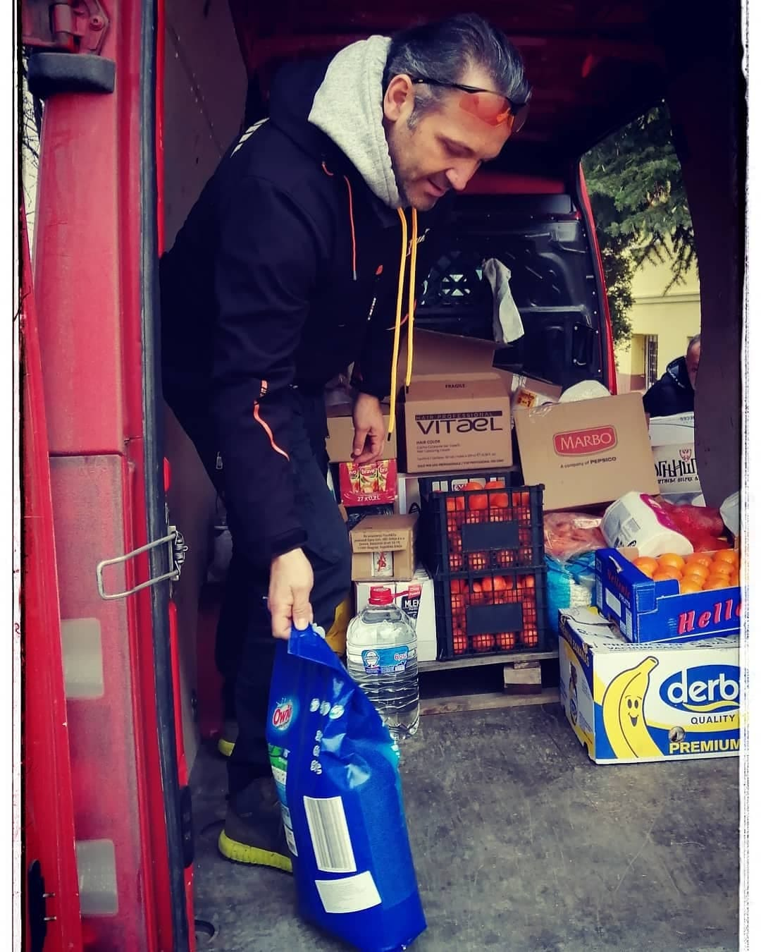 Ognji[te nosi humanitarnu pomoć u Belu Palanku
