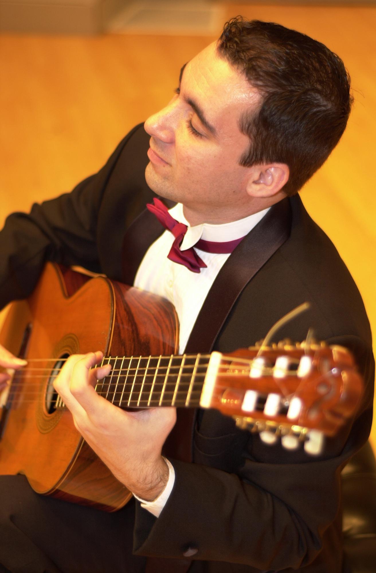 petar janković sa gitarom