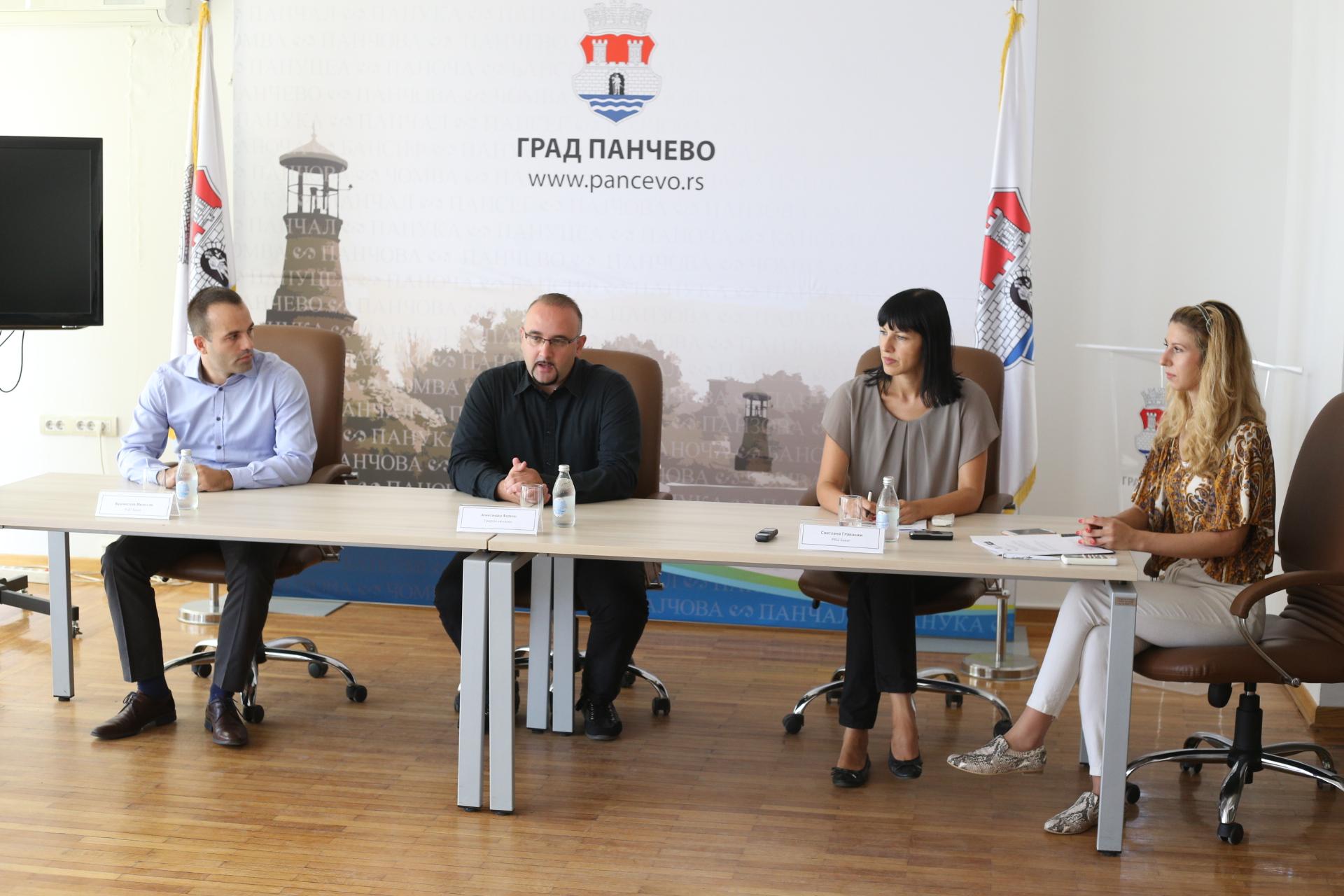 Branislav Milosav, Aleksandar Farkaš, Svetlana Glavaški