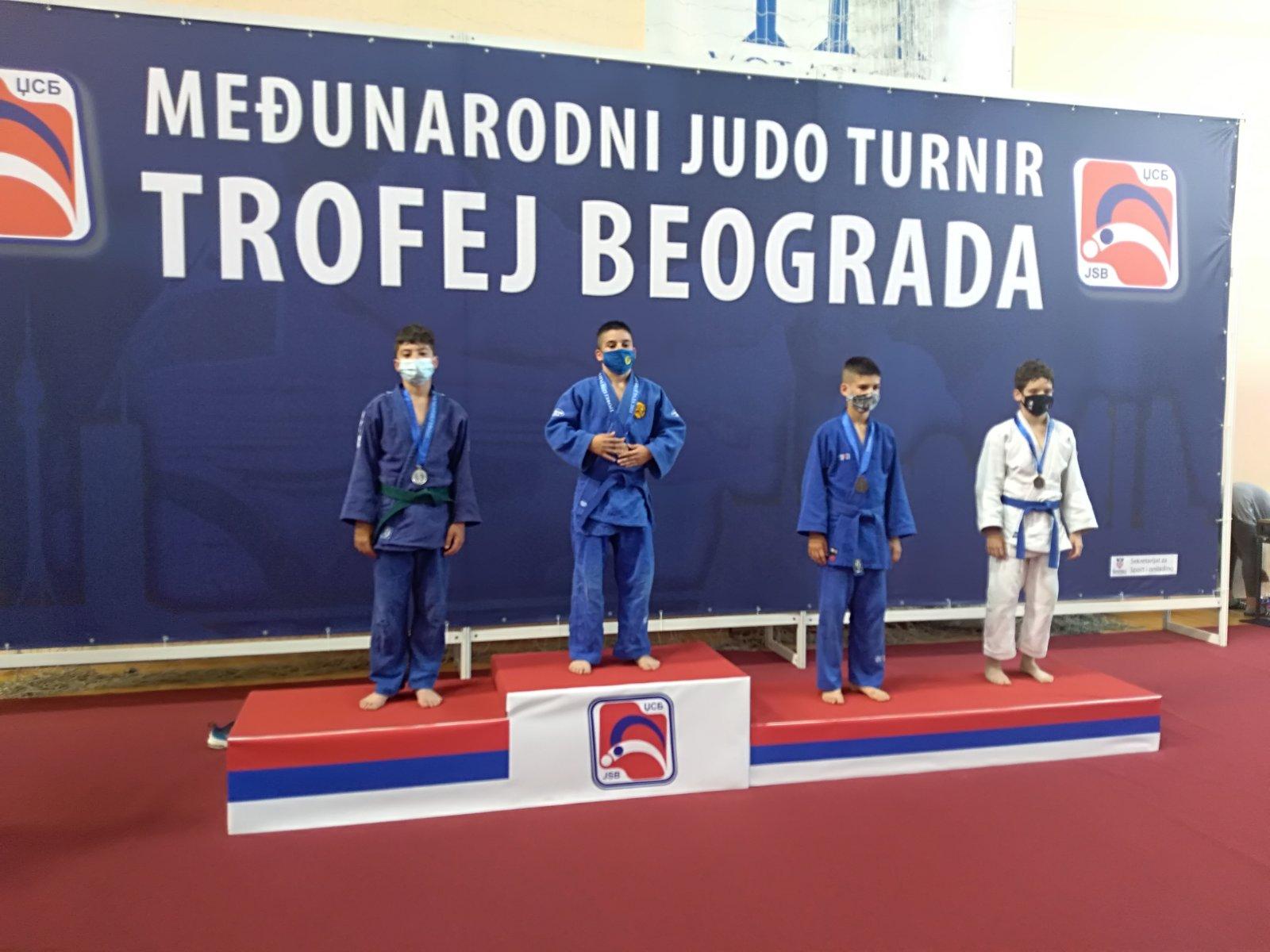 Kačarevci na Trofeju Beograda