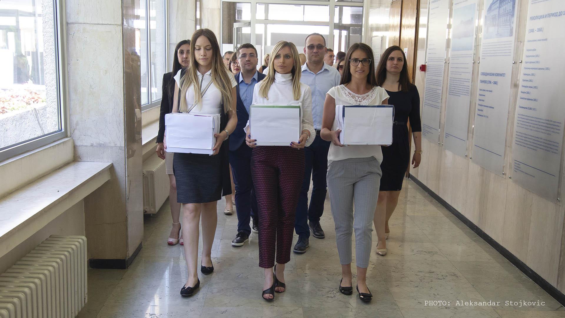 SNS predaje spisak kandidata za izbore 2019.