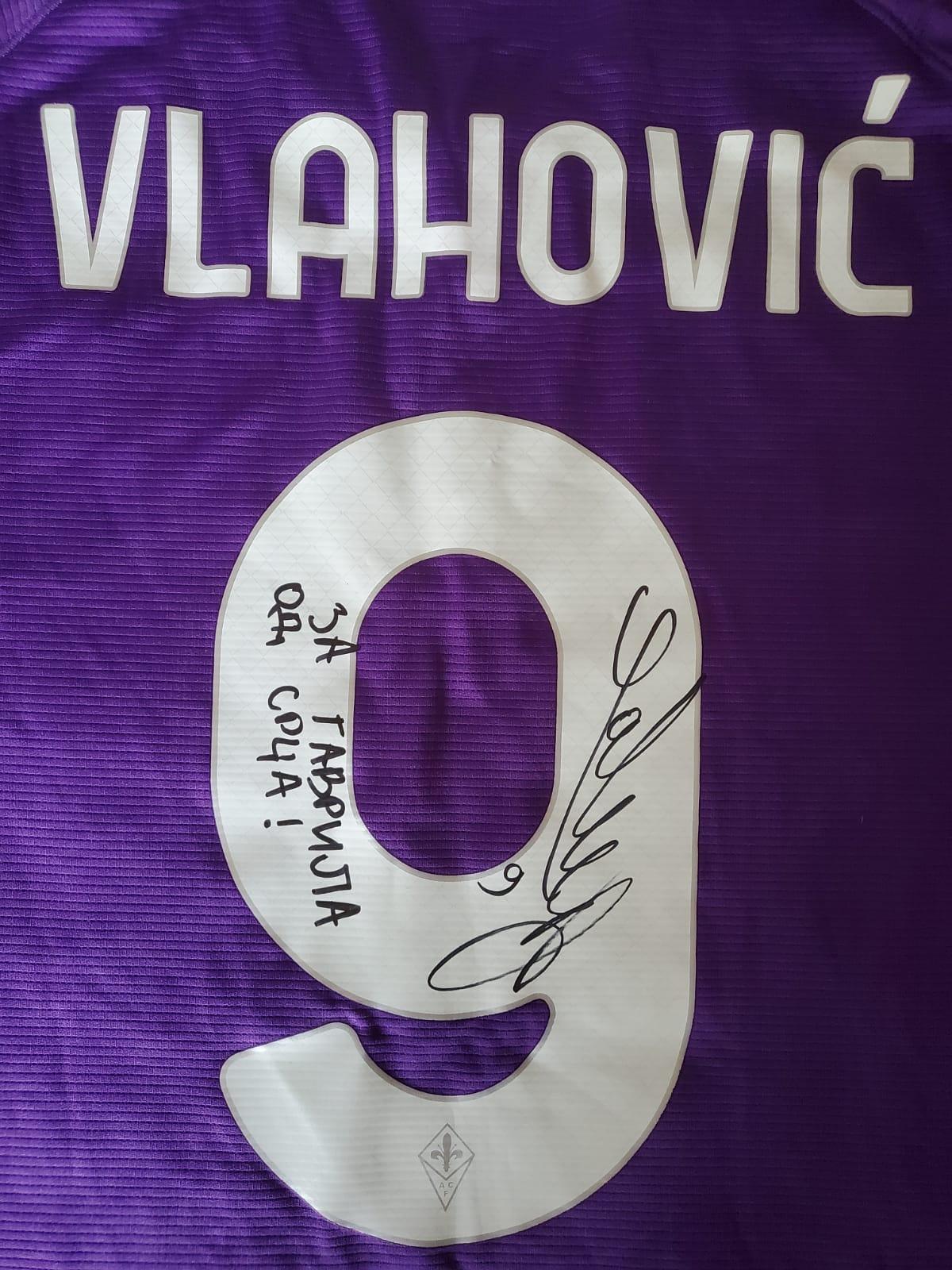 Dres Vlahović