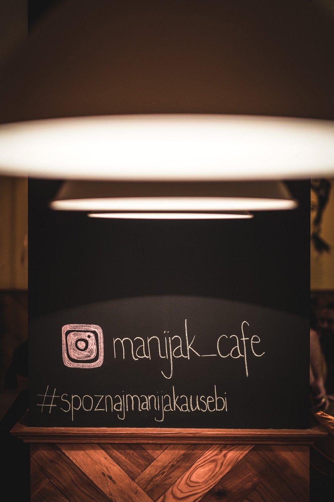 Manijak kafe