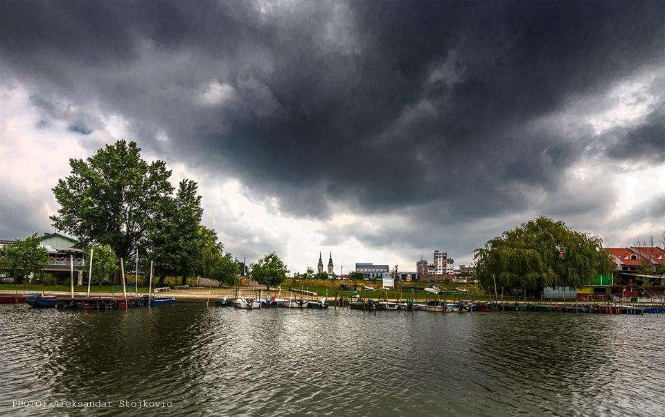 Pančevo Tamiš pred oluju