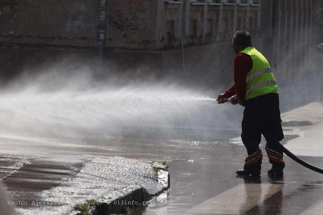 Dezinfekcija ulica Pančevo