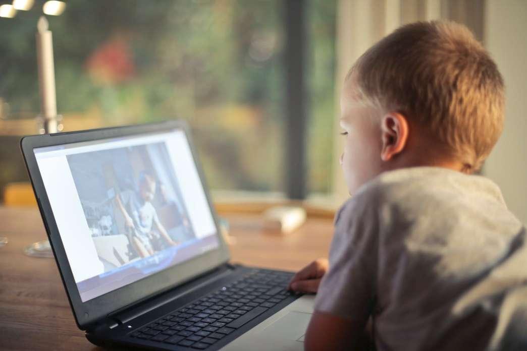 Dete i komputer
