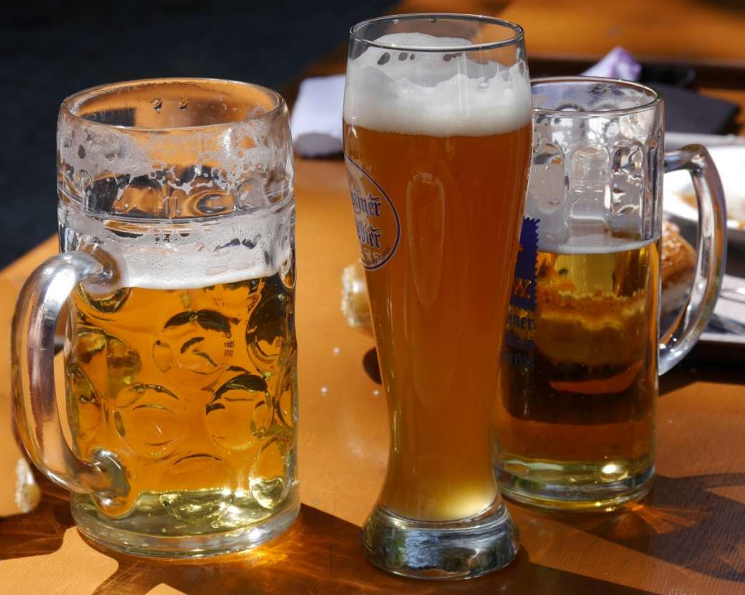 Pivo u čaši