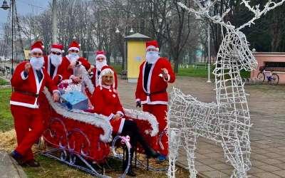 Deda Mraz u Starčevu
