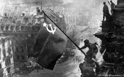 SSSR zastava nad Berlinom