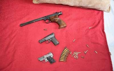 Oružje nađeno tokom pretresa policije