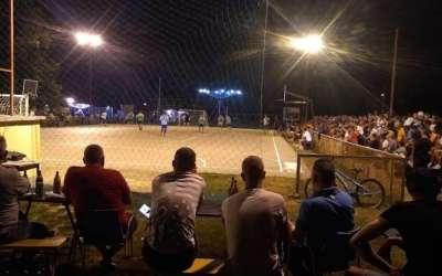 Mali fudbal Jabuka