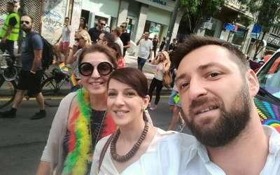Marinika Tepić Vladan Keljević Mirjana Karanović na gej paradi 2016.