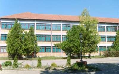 Škola Žarko Zrenjanin Kačarevo