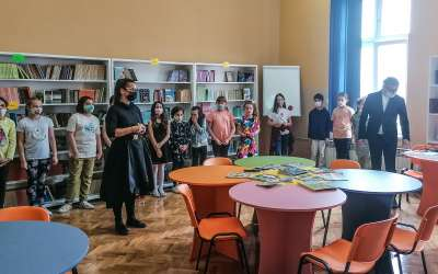 Renovirana biblioteka u školi JJZmaj