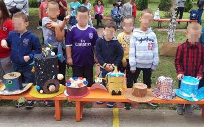 Predškolci u Brestovcu prodaju šešire