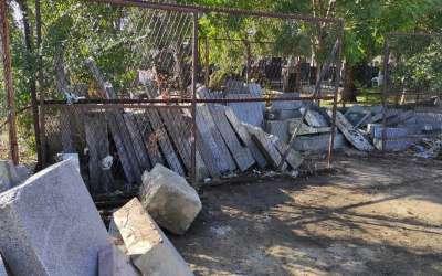 Depo spomenika na pančevačkom groblju
