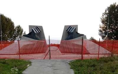 Spomenik na Stratištu