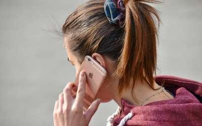 Telefon poziv