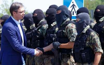 Vučić s vojnicima